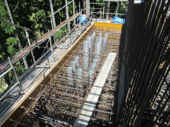 A1橋台竪壁建て込み