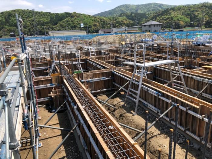 RC基礎地中梁型枠施工中